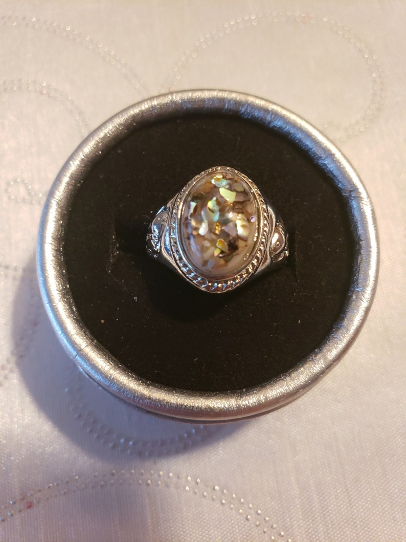 Womens 925 silver ring size 8
