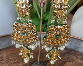 Long Kundan EarringsGold Kundan EarringsPearl EarringsIndian JewelryBollywood EarringsPakistani Earrings Cocktail Earrings