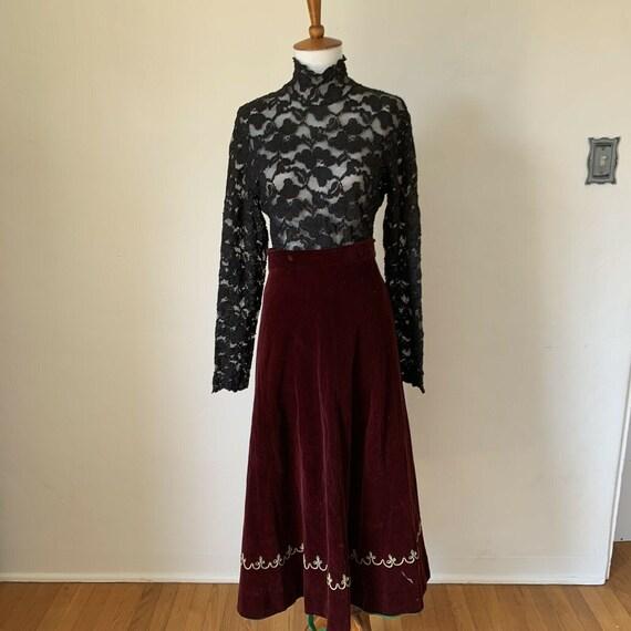 VIntage 30s Crimson Velvet Skirt Size Large Soutac