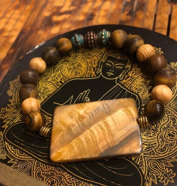 Tiger Eye Medallion Bracelet. Women's Bracelet. Spiritual. Women's jewelry. Boho. Bohemian Jewelry