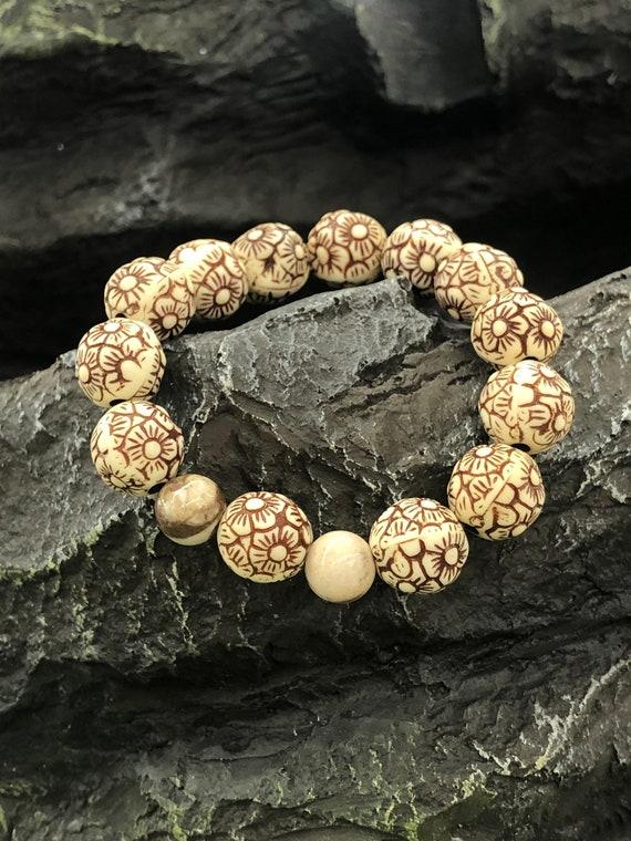 White Bracelet. Women's Bracelet. Gift For Her. Spiritual Bracelet.