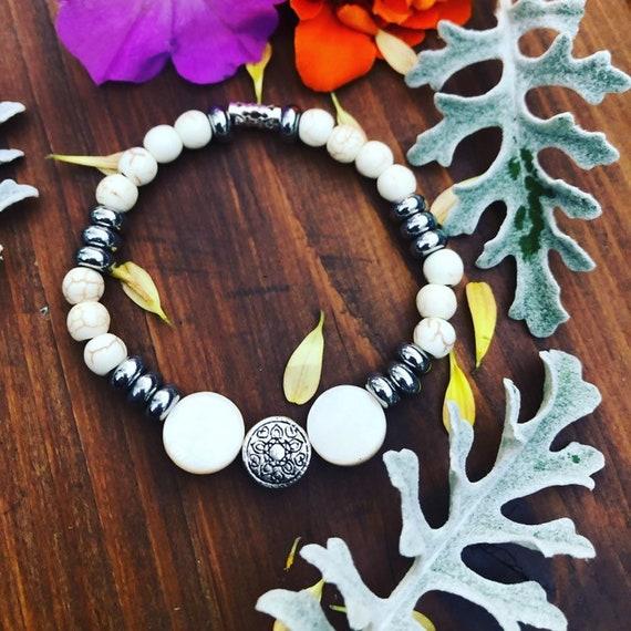 White & Silver Medallion Bracelet. Womens Bracelet/Gift for her