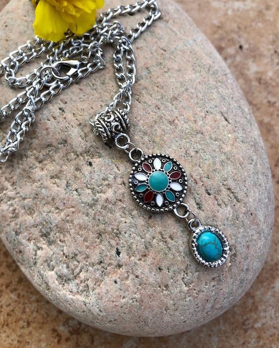 Colorful Boho Pendant Necklace. Women's Jewelry. Boho Chic. Turquoise. Hippie.