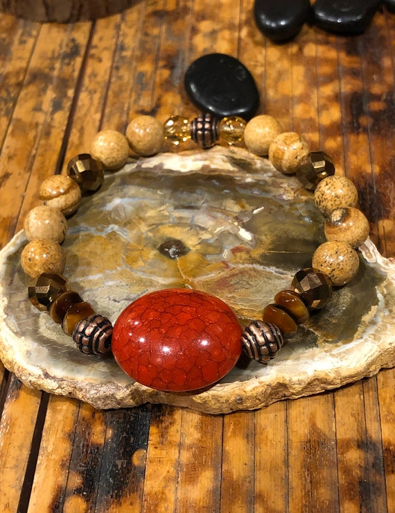 Earthy Bracelet. Womens Bracelet. Men's bracelet. Red bracelet