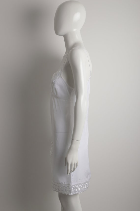 Vintage 90s white slip dress with floral guipure … - image 7