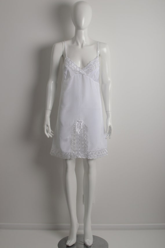 Vintage 90s white slip dress with floral guipure … - image 2