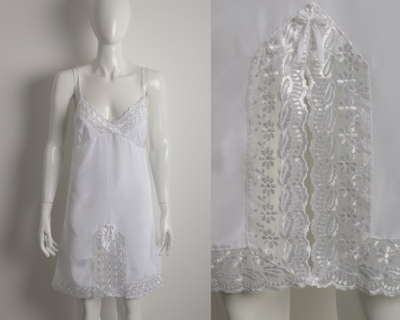 Vintage 90s white slip dress with floral guipure … - image 1