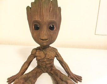 Baby Groot-inspired statuette (seated)