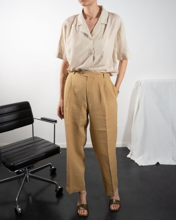 Vintage Matching Two Piece Pant Suit of Linen in … - image 5