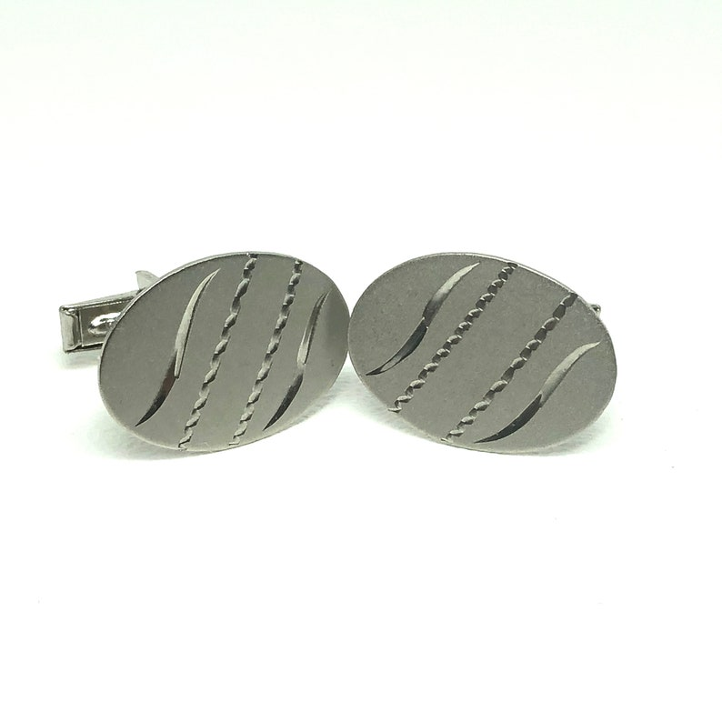 Vintage Sterling Silver Oval Brushed Sterling with Engraved Design Cufflinks Signed N F STERLING Vintage Sterling Silver Cuff Links