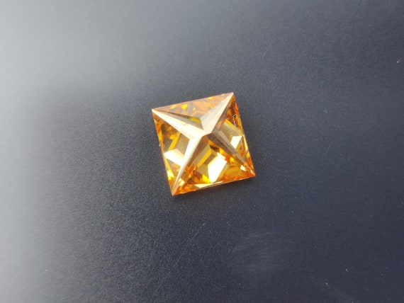 8.89 X 9.30 X 5.55 mm Earring And Vintage Moissanite Engagement Ring Princess Cut 3.82 Ct Loose Moissanite Orange Color VVS1 Clarity