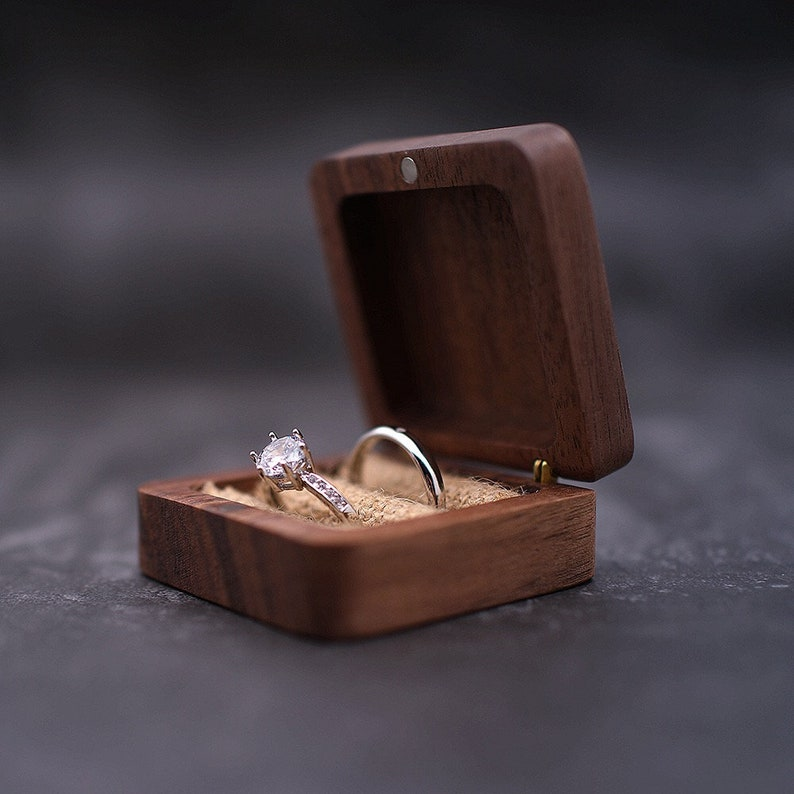 Engagement ring box Ring bearer Custom Ring Box Engraving wedding ring box Ppersonalized wood ring box Ring holder