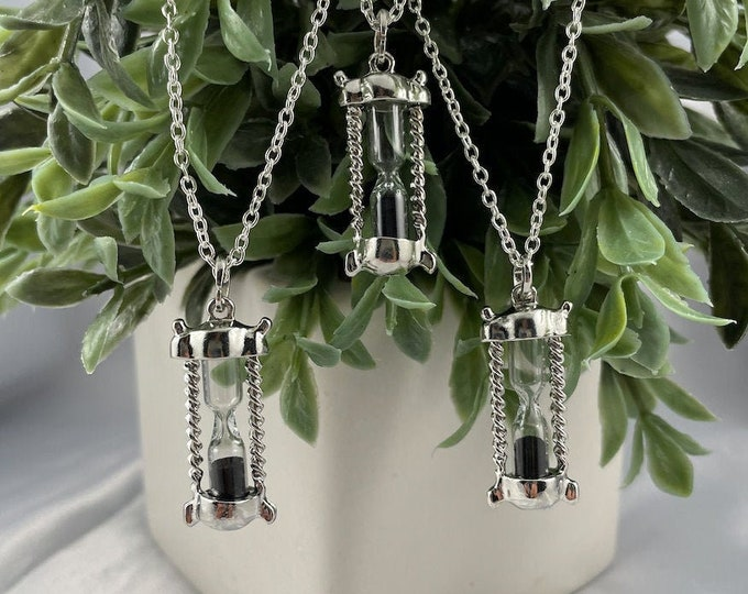 Hour Glass Pendant Silver Necklace