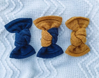 Waffle Knit Knotted Bows- Piggie set or single // Pick Your Color Navy or Mustard/Gold // WVU Mountaineers Gameday bows // Michigan bows