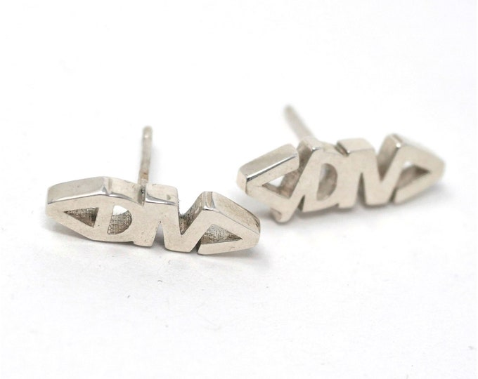 DIV Tag Earrings