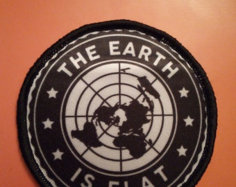 Flat Earth Conspiracy 25mm 1 Inch D Pin Button Badge