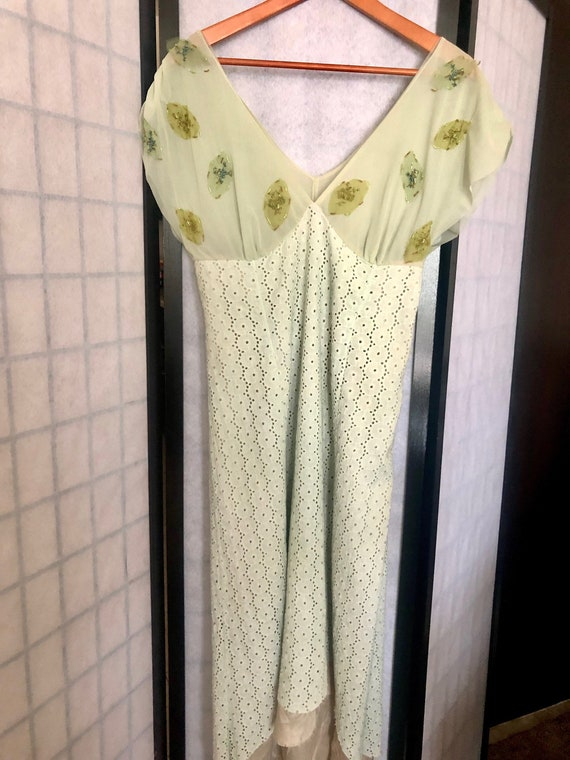 Vintage 1970's Pear and Mint Peasant Dress - image 2