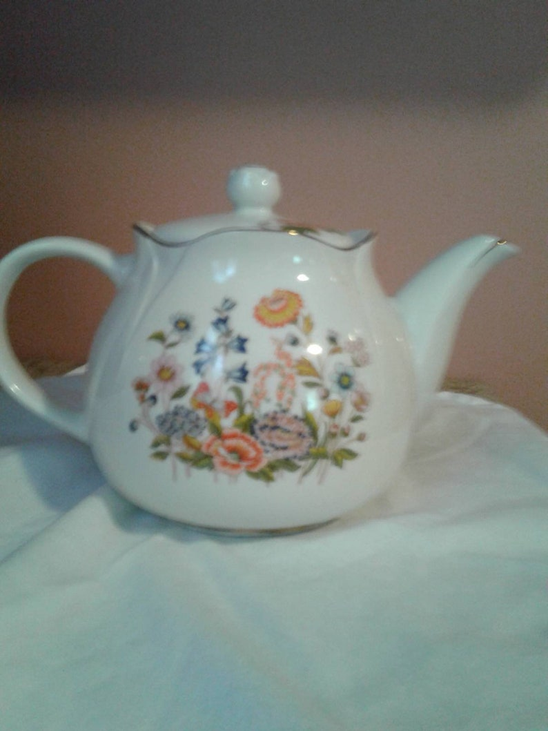 The most beautiful tea pot ever never used