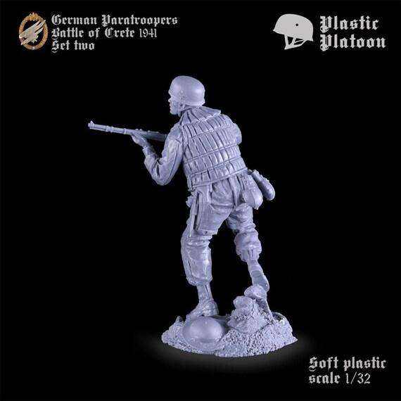 Plastic Platoon WWII German Paratroopers Battle of Crete 1941 Set 2