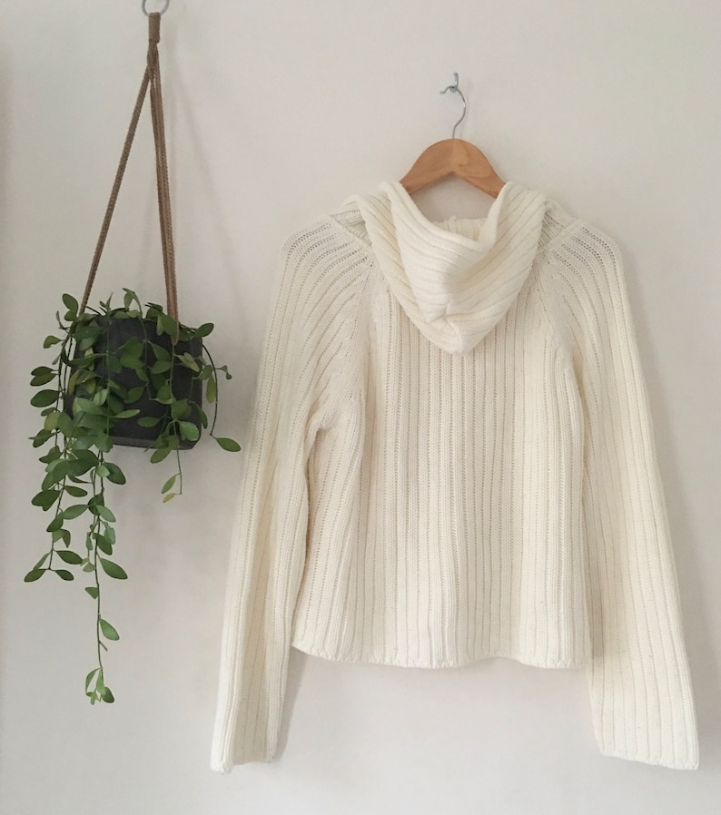Vintage ladies boxy fit white cable knit front pocket hooded knit sweater size 16