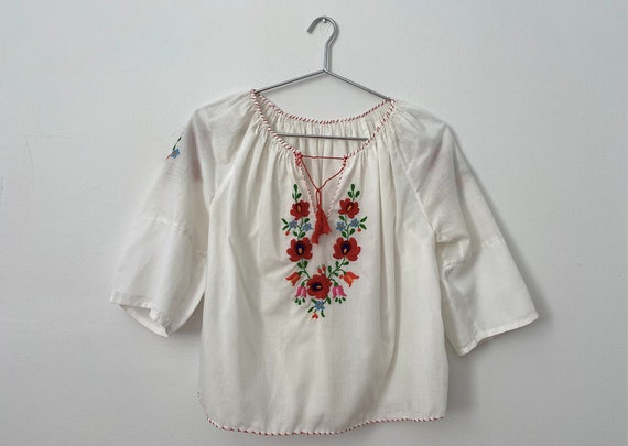 Penny Lane Style Embroidered 1970s Smock Top