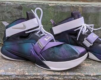 Top Deals Men's Nike LeBron 15 Ohio