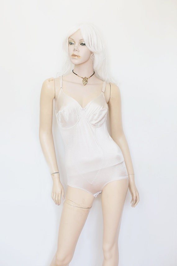 1970s Vintage - Cream Shapewear Bodysuit