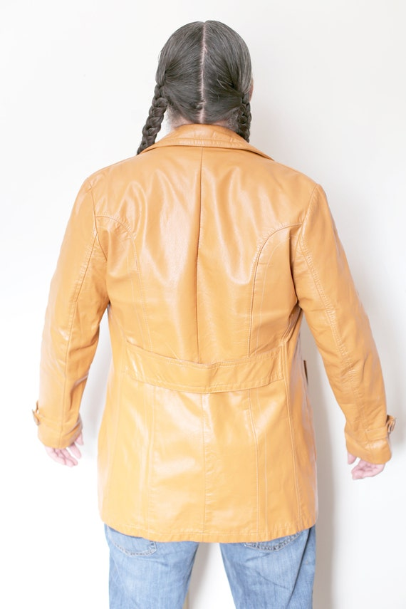 1970s Vintage - Collared Leather Trench Coat - image 4