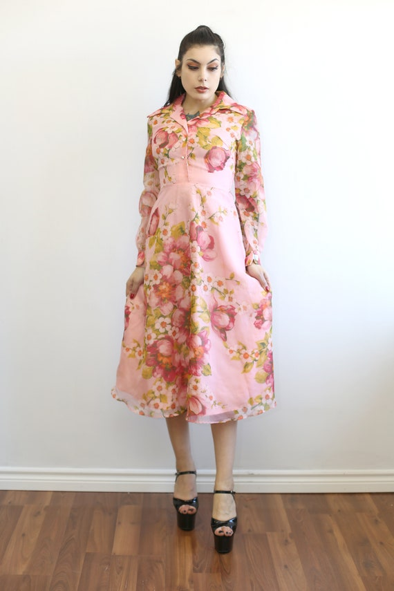 1970s Vintage - Pink Floral Day Dress