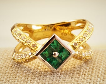 Vintage 18K Solid Yellow Gold 1.89ct Emerald /& White Topaz Bow Ring Size 6.75