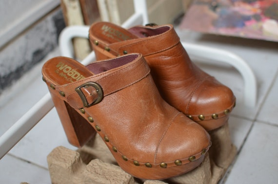 Vintage Jeffrey Campbell woodies clogs 70's style