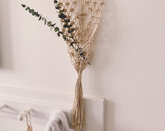 FLAT LAY HOLDER, wall decor, plant hanger, macrame