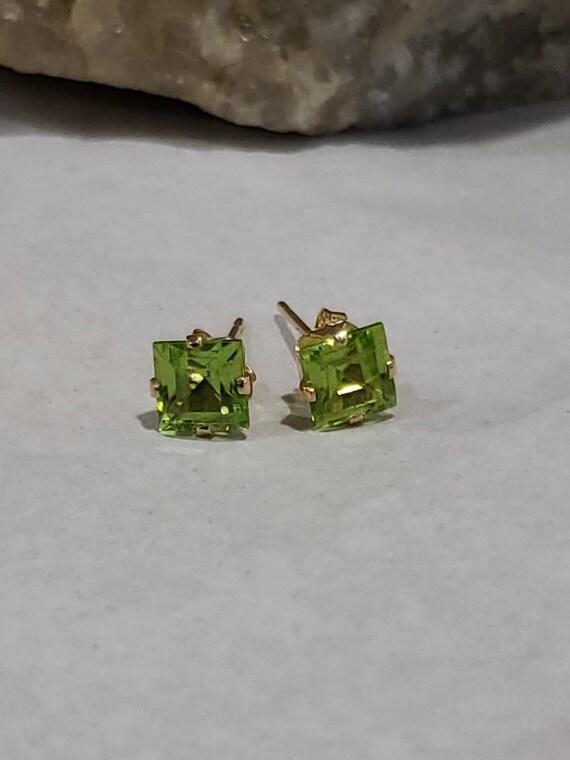 14k Princess Cut Peridot Earrings / Square Peridot