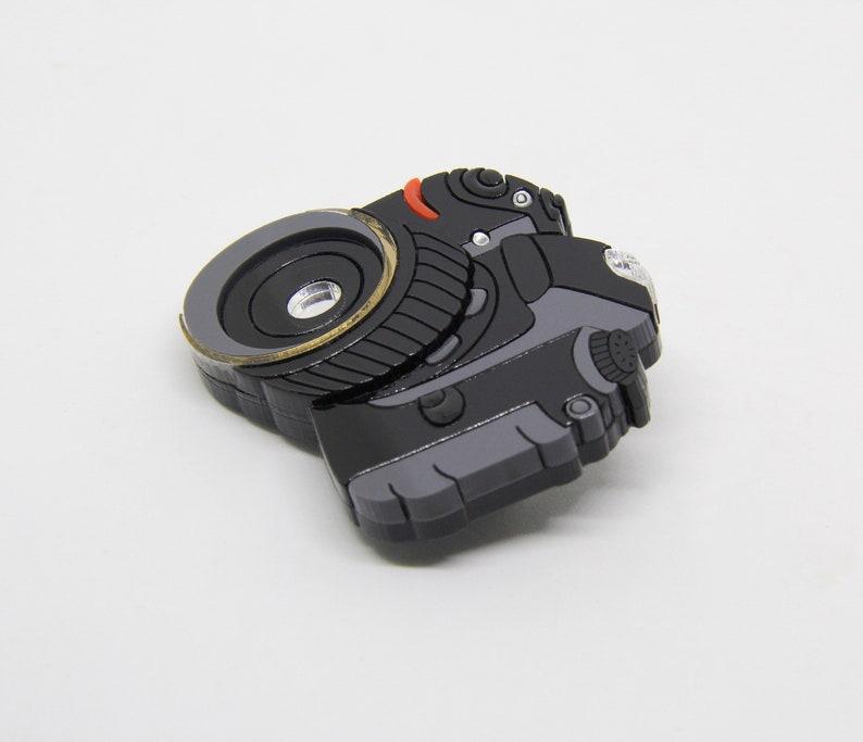laser cut jewelry handmade acrylic brooch Russian designers photographer Camera brooch photo