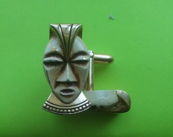 King Tut Vintage Collectible Pharaoh Gold Tone SWANK Grad Egyptian Revival Cuff Links Fathers Day 1970s Dad