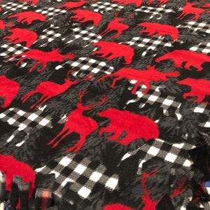 Wilderness Checkered Fleece Blanket