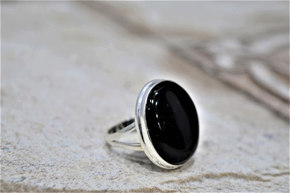 Black onyx ring,Gemstone ring,Handmade rings,Black stone ring,Statement ring,Jewelry,Mothers day gift ring,ring for her