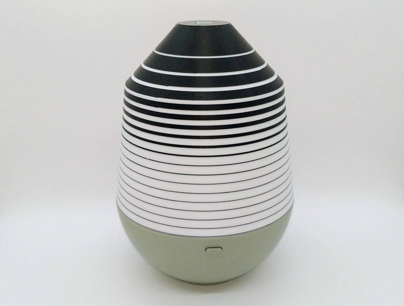 Black and White Cover for Young Living Dewdrop Diffuser image 0