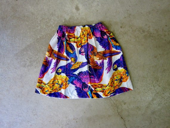 Vintage Colorful Bird Mini Skirt | Tropical Parro… - image 1
