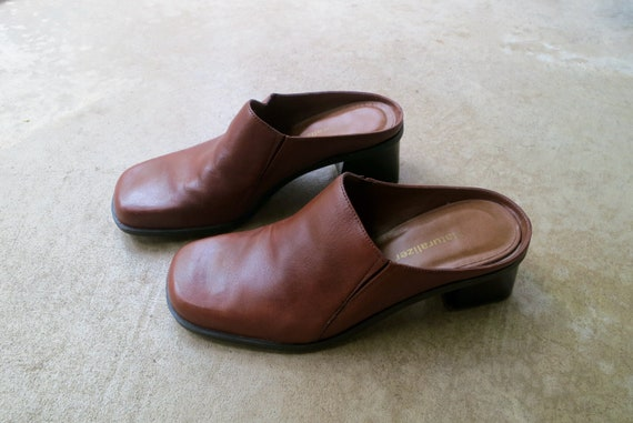90s Brown Leather Mules   Modern Brown Leather Sl… - image 3