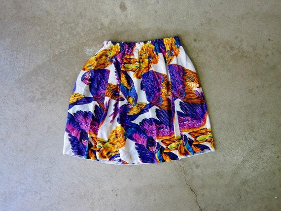Vintage Colorful Bird Mini Skirt | Tropical Parro… - image 5