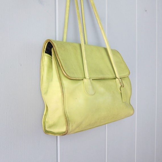 1980s Chartreuse Green Coach Bag | Large Coach Do… - image 8