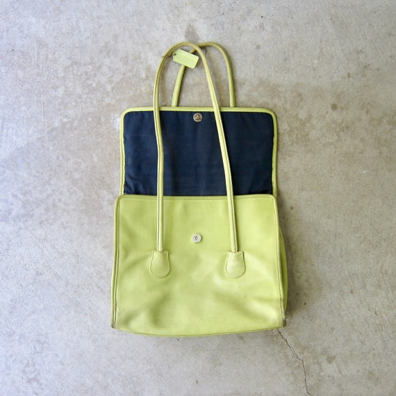 1980s Chartreuse Green Coach Bag | Large Coach Do… - image 5