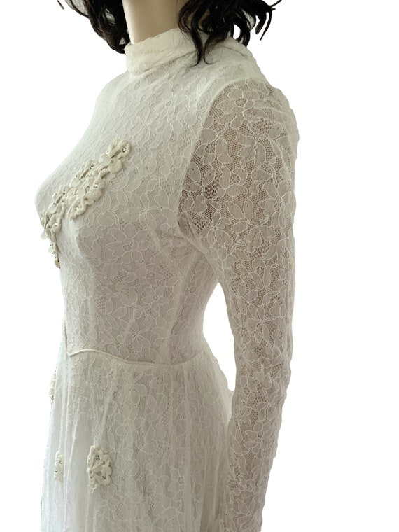 Lace Wedding Dress.  Ivory Wedding Dress.  Wedding