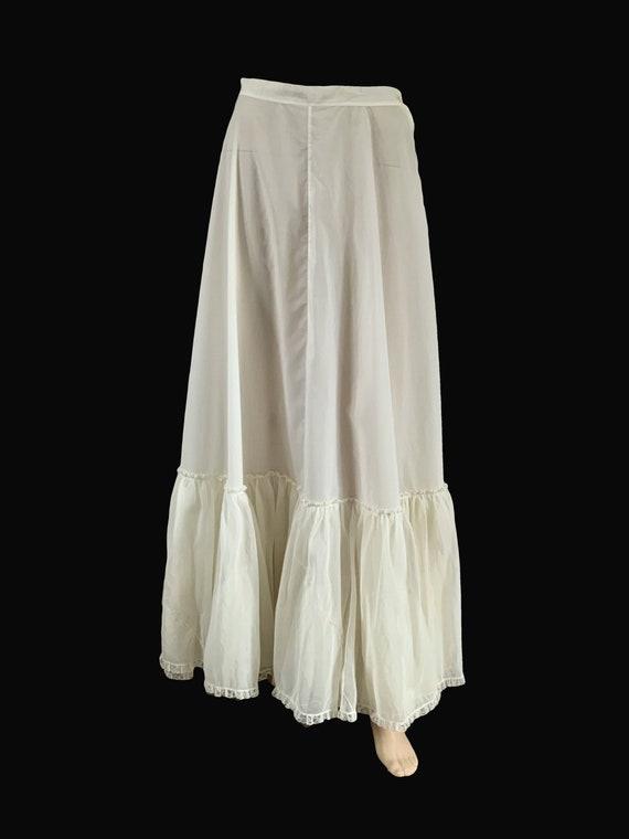 Petticoat. Vintage Petticoat. Vintage Lingerie. 19
