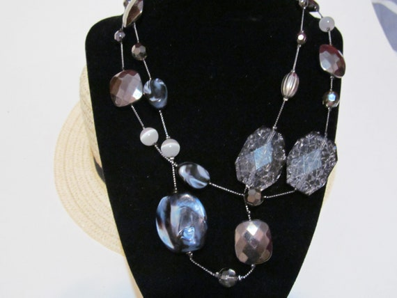 Signed NY assorted chunky bead necklace,glass,silver tone,acrylic faceted beads