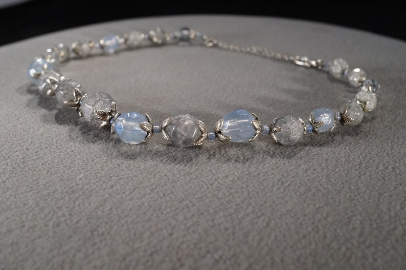 Vintage Art Deco Style Silver Tone Round Blue Scrolled Glass Beads Dangle Necklace Jewelry    K#27