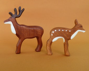 Deer Figurine Toys for Kids Wooden toy Bio Wooden Deer Toy Birthday present imaginative play Partyfavors for Boys and Girls Stag toy