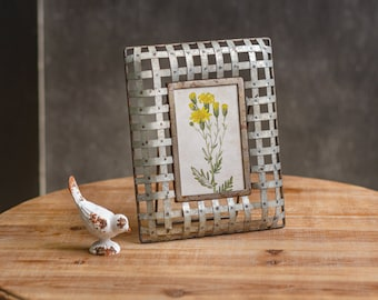 Edison Photo Frame, Table Decor, Home Furnishings, Home Decor, Home Interiors, Farmhouse, Country, Metal, Picture, Photo, Home Accents