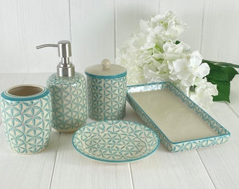 SPECIAL PRICE STATT67,-Euro ONLY 59,-Euro 5 piece -soap dish-storage-can-toothbrush holder -soap dispenser pump in ceramic. Hand-stamped